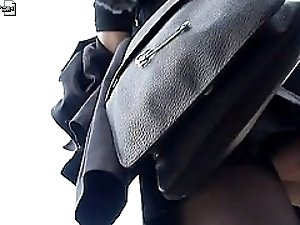 3 movies - Non staged hq upskirt videos