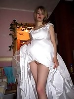 Upskirt pictures - Images of Nice Bride Poses In White Stockings