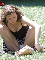 Upskirt pictures - Mini skirt up skirts shot in the park