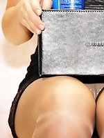 12 pictures - Upskirt panties of hot models