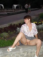 5 pictures - Upskirt hunter gallery