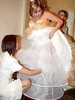 Upskirt pictures - Naughty Brides upskirt photos